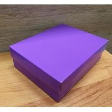 Коробка картонная без окошка фиолетовая 16,5 х 12,5 х 5,2 см