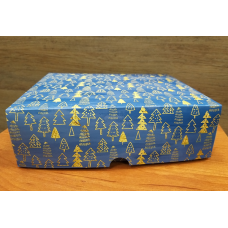 Коробка картонная с принтом Елочки 20х17 см