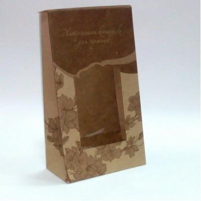 Пакет подарочный бумажный Natural Cosmetics с окошком